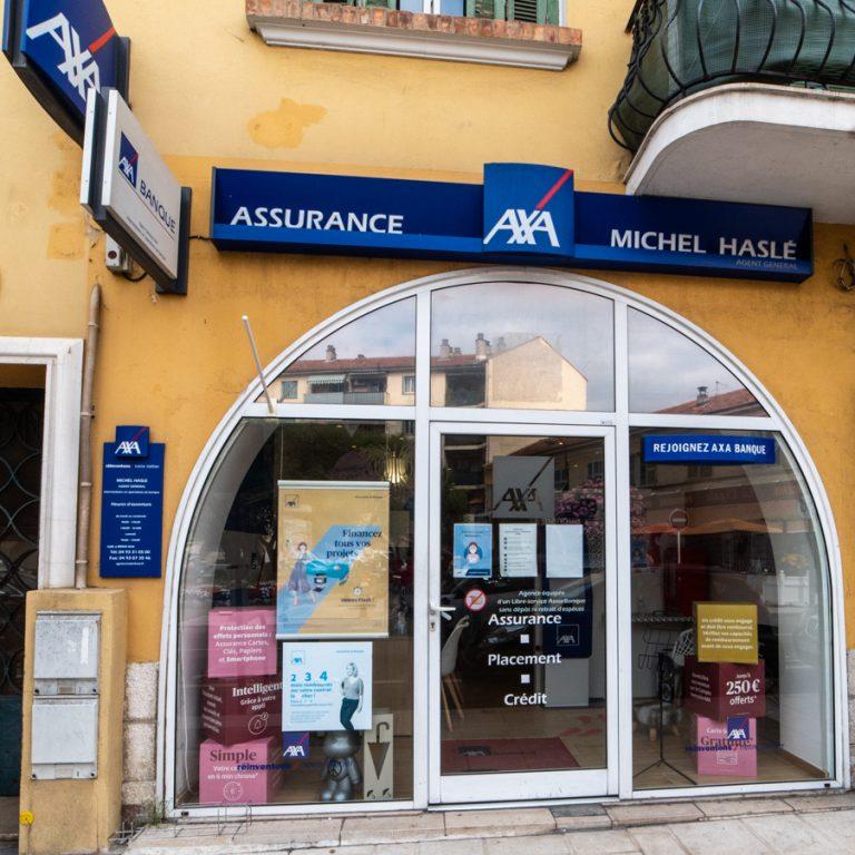 Devanture enseigne Axa Assurance