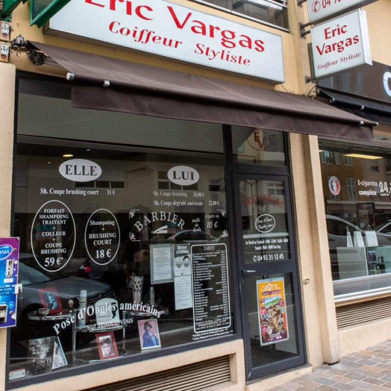 Devanture du coiffeur Eric Vargas