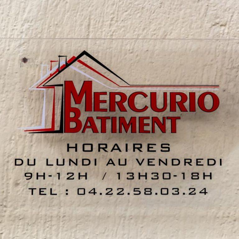 Plaque et logo de l'entreprise Mercurio Batiment