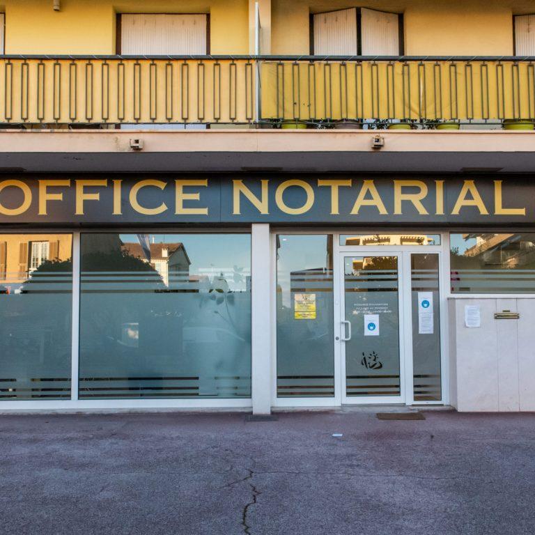 Devanture de l'office Notarial Clémentine Renaut