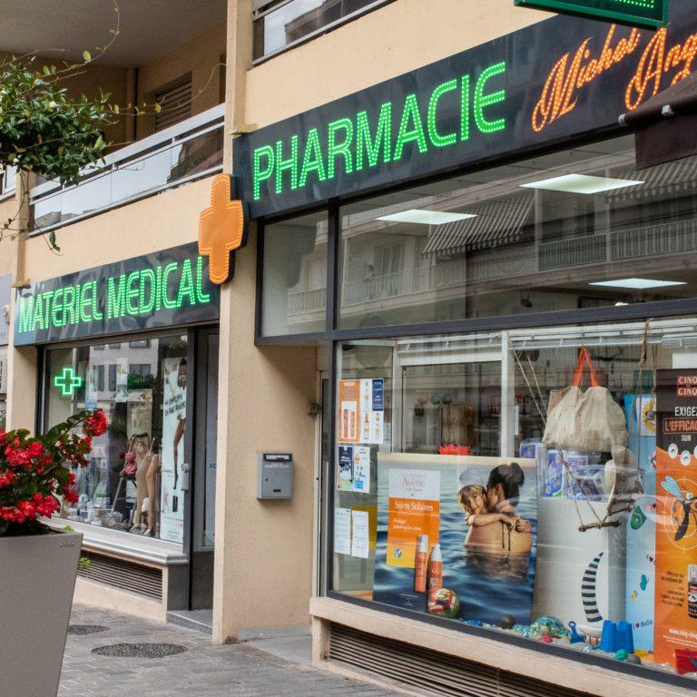 Devanture de la Pharmacie Michel Ange