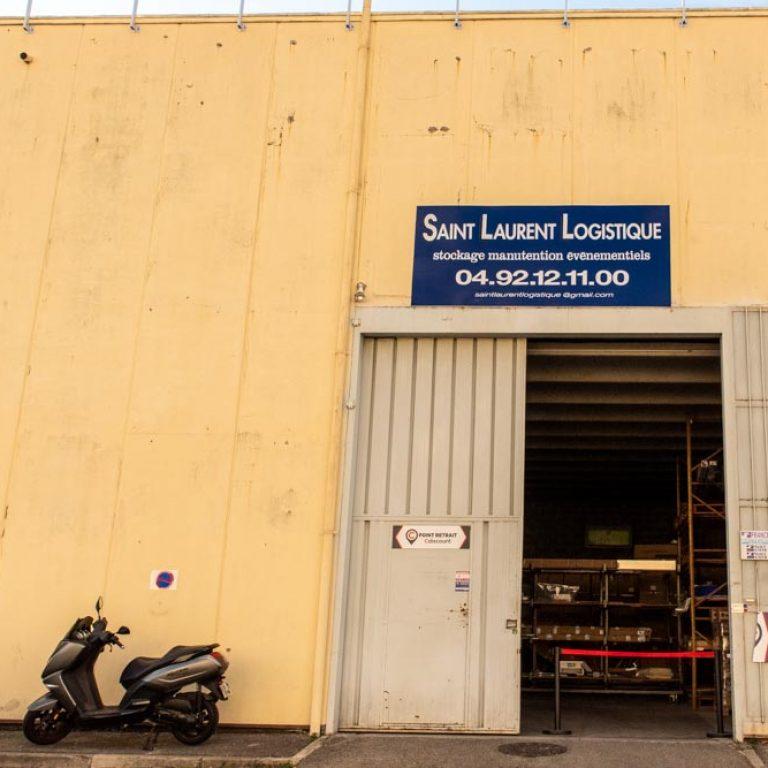 Entrée des locaux de l'entreprise Saint Laurent Logistique