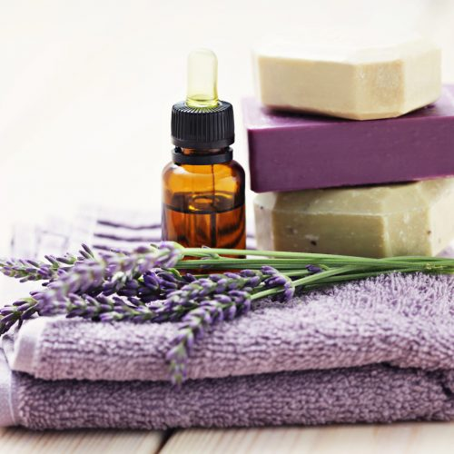 Savons, lavande et huiles essentielles