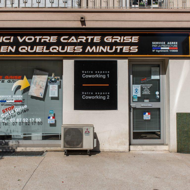 Devanture Stop Carte Grise