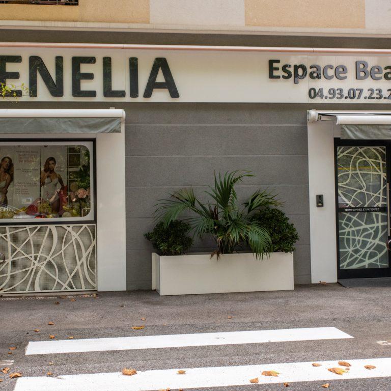 Devanture Tenelia